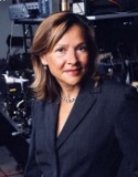 Dr. Naomi Halas (Halász) is the Stanley C. Moore Chair of Electrical and Computer Engineering at Rice University where she holds faculty appointments in the Departments of Physics and Astronomy, Chemistry, and Bioengineering and leads the Halas Research Group for Nanoengineered Photonics and Plasmonics. She is a pioneering nanotechnologist seeking practical applications for her work