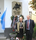 AHF Associate President Gyula Balogh joins US Ambassador Kounalakis in laying wreath on the 200th Anniversary of the Death of Col. Commandant Michael Kovats de Fabricy. He is seen here with the Zsuzsa Dreisziger, President of the Hungarian American Club of Hungary.